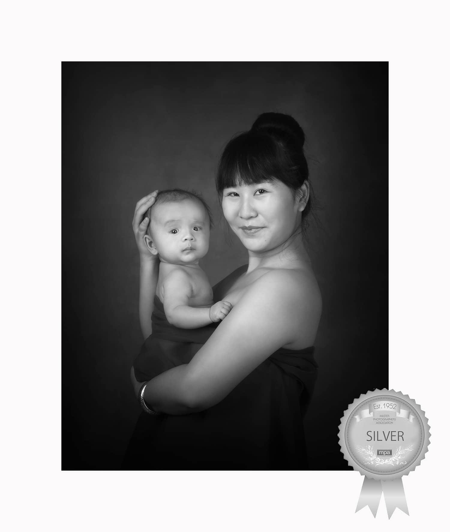 newborn photography mum and baby